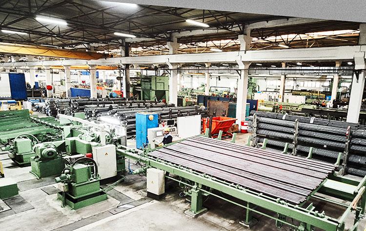 Mit Investitionen und Modernisierungen mit industrie 4.0 im Blankstahlwerk in Kocaeli wurde die Produktionskapazität auf jährlich 90.000 Tonnen erhöht.